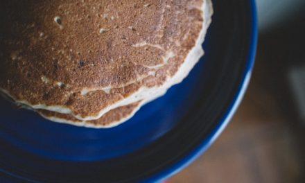 Fluffy High-Fiber, Low-Fat Pancakes