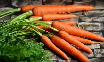 Lemon-Glazed Baby Carrots