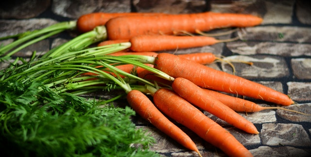 Lemon-Glazed Baby Carrots Recipe Photo - Diabetic Gourmet Magazine Recipes