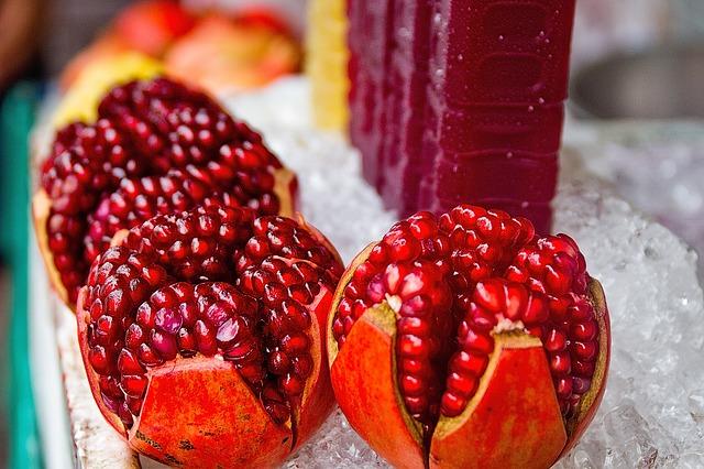 Pomegranate Jelly Recipe Photo - Diabetic Gourmet Magazine Recipes