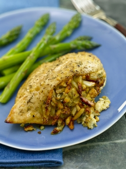 Chicken Stuffed with Apples, Almonds and Blue Cheese