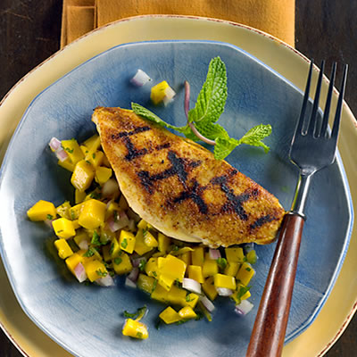 Grill Pan Chicken With Fiery Mango-Ginger Salsa | Diabetic Recipe