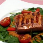 Grilled Salmon and Spinach Salad