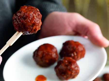 Mini Meatball Appetizers with Apricot Dip