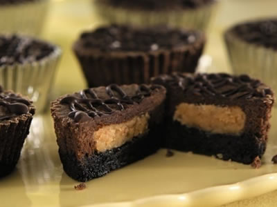 Peanut Butter and Chocolate Cheesecake Cups