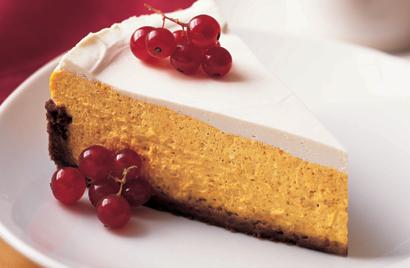 Pumpkin Cheesecake in Gingersnap Crust