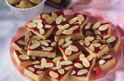 Raspberry-Almond Cookies